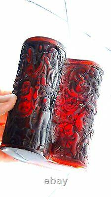 ANTIQUE 19c CHINESE GENUINE CHERRY AMBER HAND CARVED 18 FIGURES&DRAGON BRUSH POT