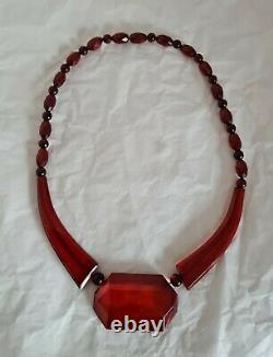 Antique Cherry Amber Bakelite bead necklace. Art Deco period. Circa 1920's