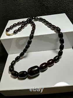 Antique Dark Cherry Amber Bakelite Gratuated Cludy Bead Necklace 105grams 81cm