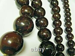 Antique Estate Cherry Amber Bakelite necklace Art Deco deep color 34 134gram