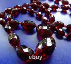 Vintage 1930s art deco BAKELITE cherry amber facet cut bead long necklace -C684