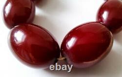 Vintage Antique Deep Dark Cherry Amber Bakelite Bead Necklace