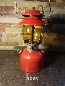 Antique 8/1966 Red Model 200a Nice Coleman Lantern Withrare Amber Globe