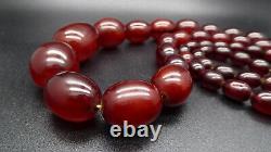 Antique Art Déco Cherry Amber Bakelite Faturan Beads Collier 145g