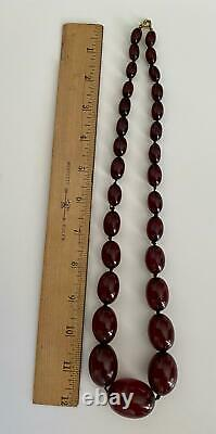Antique Art Déco Cherry Red Amber Bakelite Graduated Beads 85cm Collier Des Années 1920