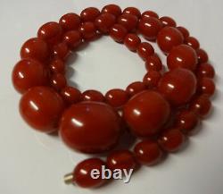 Antique Barrel Oval Luxury Natural Baltic Cherry Amber Bakelite Collier