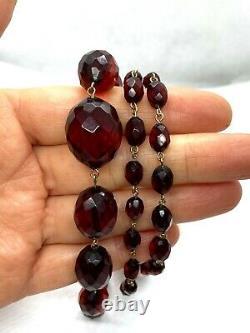 Antique Cerise À Facettes Amber Bakelite Perle Graduée Collier En Or Roulé 28