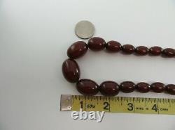 Antique Cerise Ambre Bakélite Collier Forme Olive Perles Simichrome N819