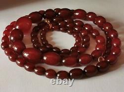 Antique Cherry Amber Bakelite Graduated Necklace 124cm & 115g Poilles 10mm À 32mm