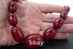 Antique Cherry Amber Red Bakelite Faturan Art Déco Perles Graduated Collier 48gr