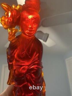Antique Chinois Oriental Cherry Bakelite Statue Ambre 11-3/4 Grand