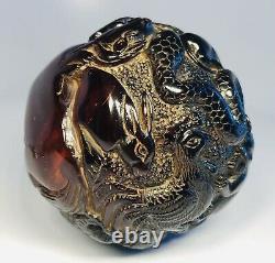 Antique Des Années 1920 Chinois Main-sculptée Cerise Ambre Zodiac Animals Ball Ornament