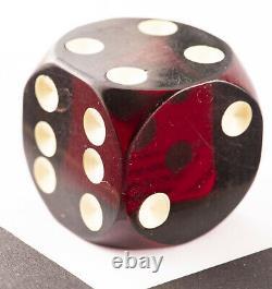 Antique Vintage Dark Red Bakelite Cherry Amber Dice Die 1.25 Pouces 30 Grammes