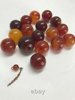 Grand Cerisier Vintage Bakelite Chunky Lot 17 Perles Vendu 21 MM 119,3 Grammes