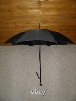 Parapluie De Boule D'ambre De Cerisier De Fabrication Anglaise Vintage Avec Canopy Noir