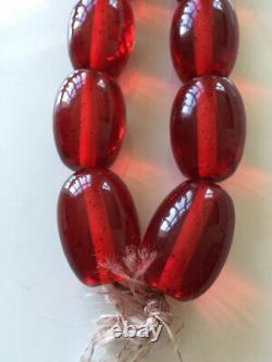 Superbe Antique Énorme Faux Cherry Amber Resin Barrel Bead Necklace 214g